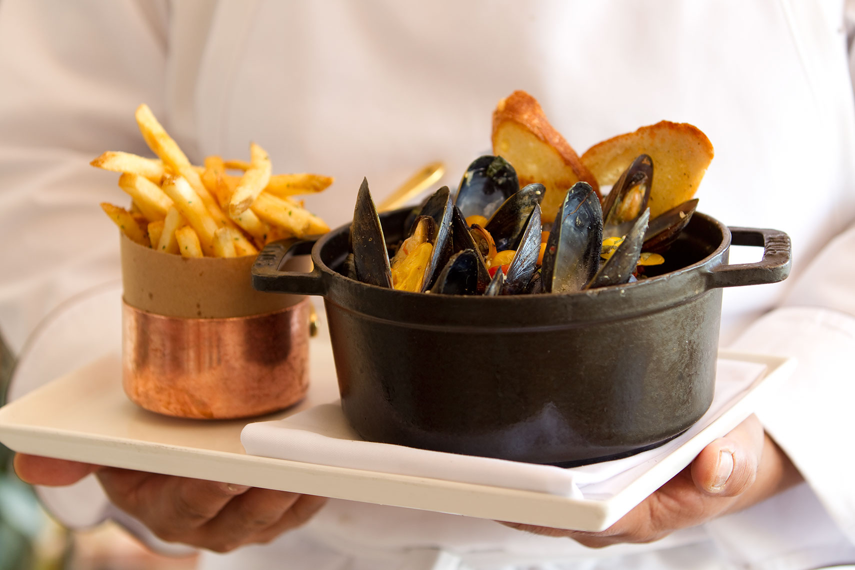Mussels_and_Frites