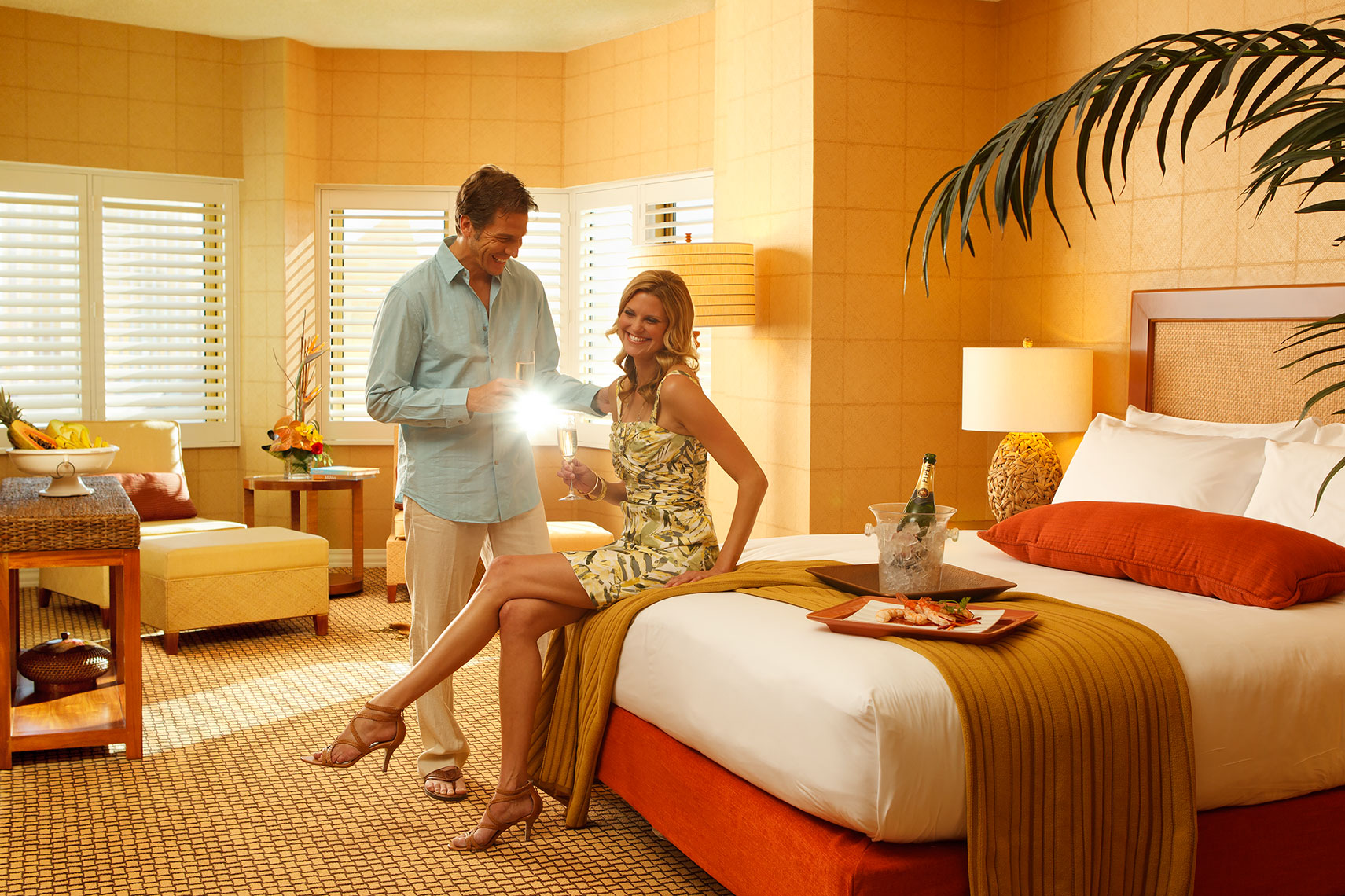 Las_Vegas_couple_in_room