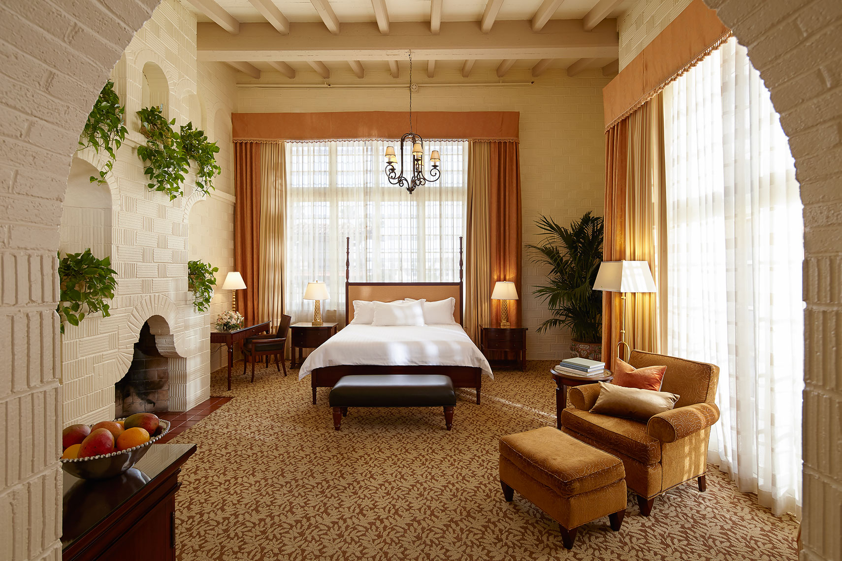 Mission_Inn_Guest_Room